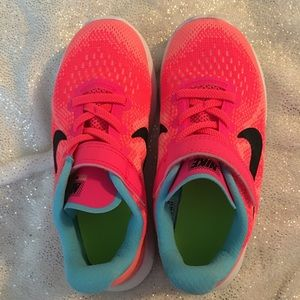 Nike Free Run Coral Sneakers Running Shoes 12C